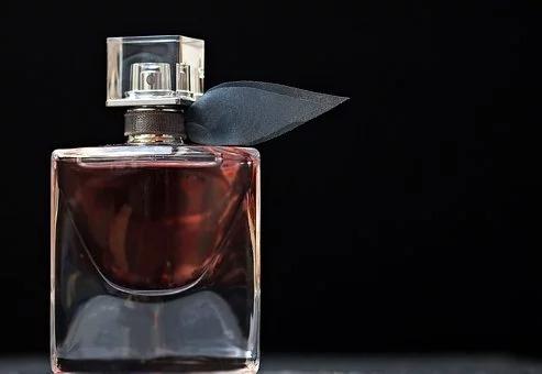 W dawnych czasach wierzono, że wszelkie pachnidła posiadają magiczną siłę.