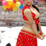Tamil-Actress-Suja-Spicy-Mixed-Navel-Show-Stills-1