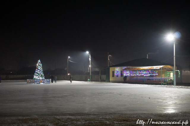 Novjgodniy-Stadion-3.jpg