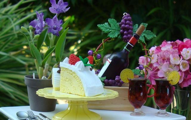 Garden-Party-2