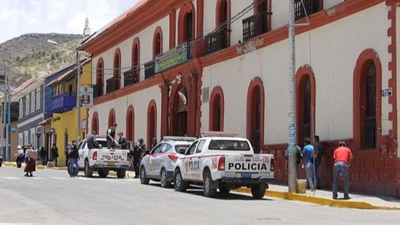 Escándalo por manejo turbio de fondos del rancho policial en Puno