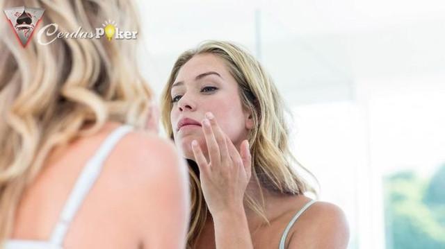 Skincare Bahan Natural Tak Jamin Kulit Bebas Masalah