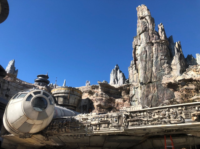 [Disneyland Park] Star Wars: Galaxy's Edge (31 mai 2019) - Page 6 Zzzz3