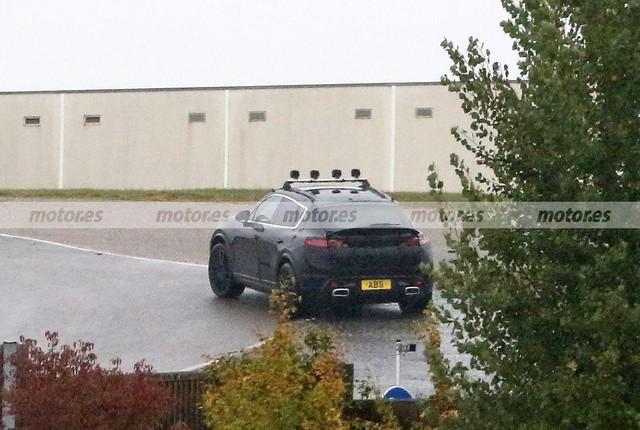 2022 - [Porsche] Macan - Page 2 Porsche-macan-electrico-fotos-espia-2022-202071988-1603104896-9