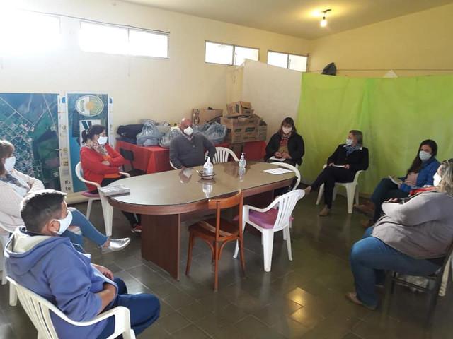 Locales: Constantino se reunió con representantes de instituciones de Gilbert