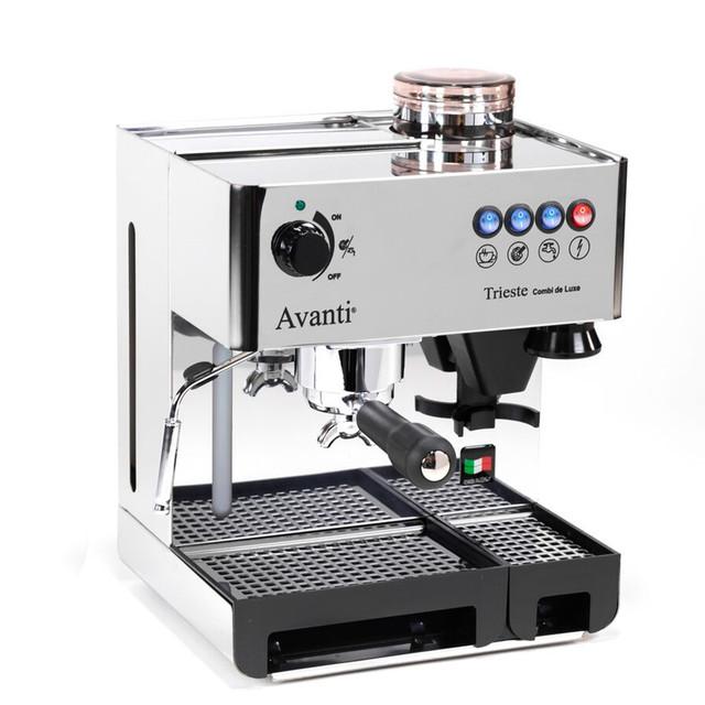 avanti-trieste-combi-de-luxe-cafe-detente-1