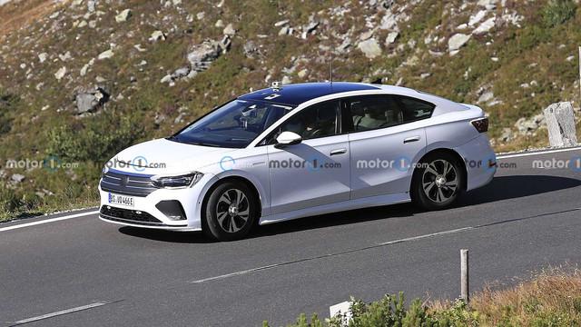 2022 - [Volkswagen] ID berline 8-E9515-C7-36-D3-4-E31-9506-5208-B5-E25-DD6