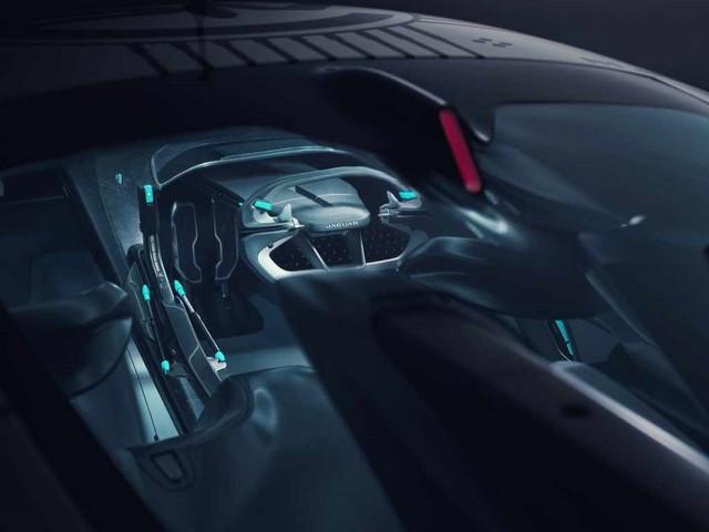 Jaguar Lève Le Voile Sur La Vision Gran Turismo SV : La Voiture De Course 100% Électrique Ultime Pour Les Passionnés De Course Automobile Jag-GTSV-Interior-cockpit-161220