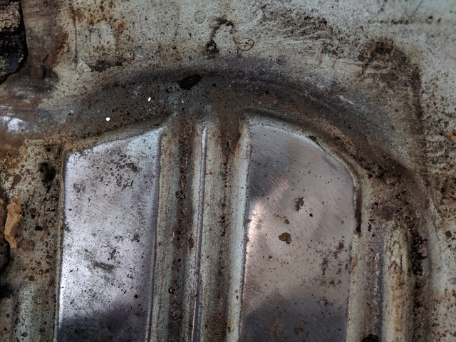 [Image: Pin-Holes-Rear-Floor.jpg]