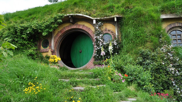 hobbit-invitingnz-1002x564