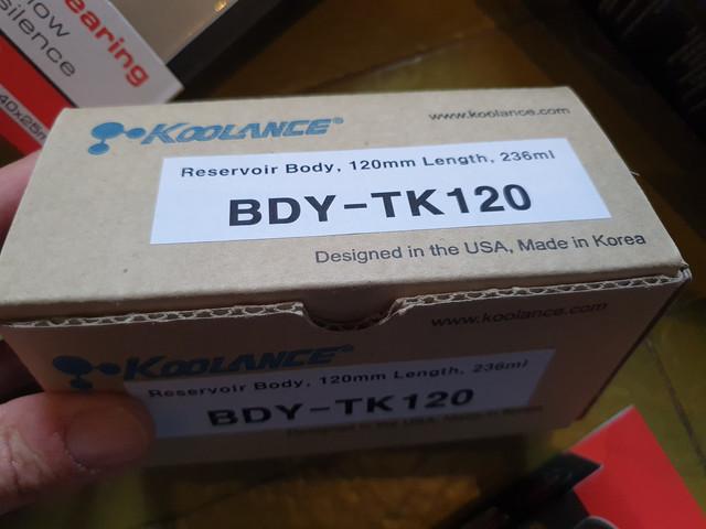 Koolance-1-reservoir-120-mm-con-tappo-nero-e-tappino-trasp-led-0