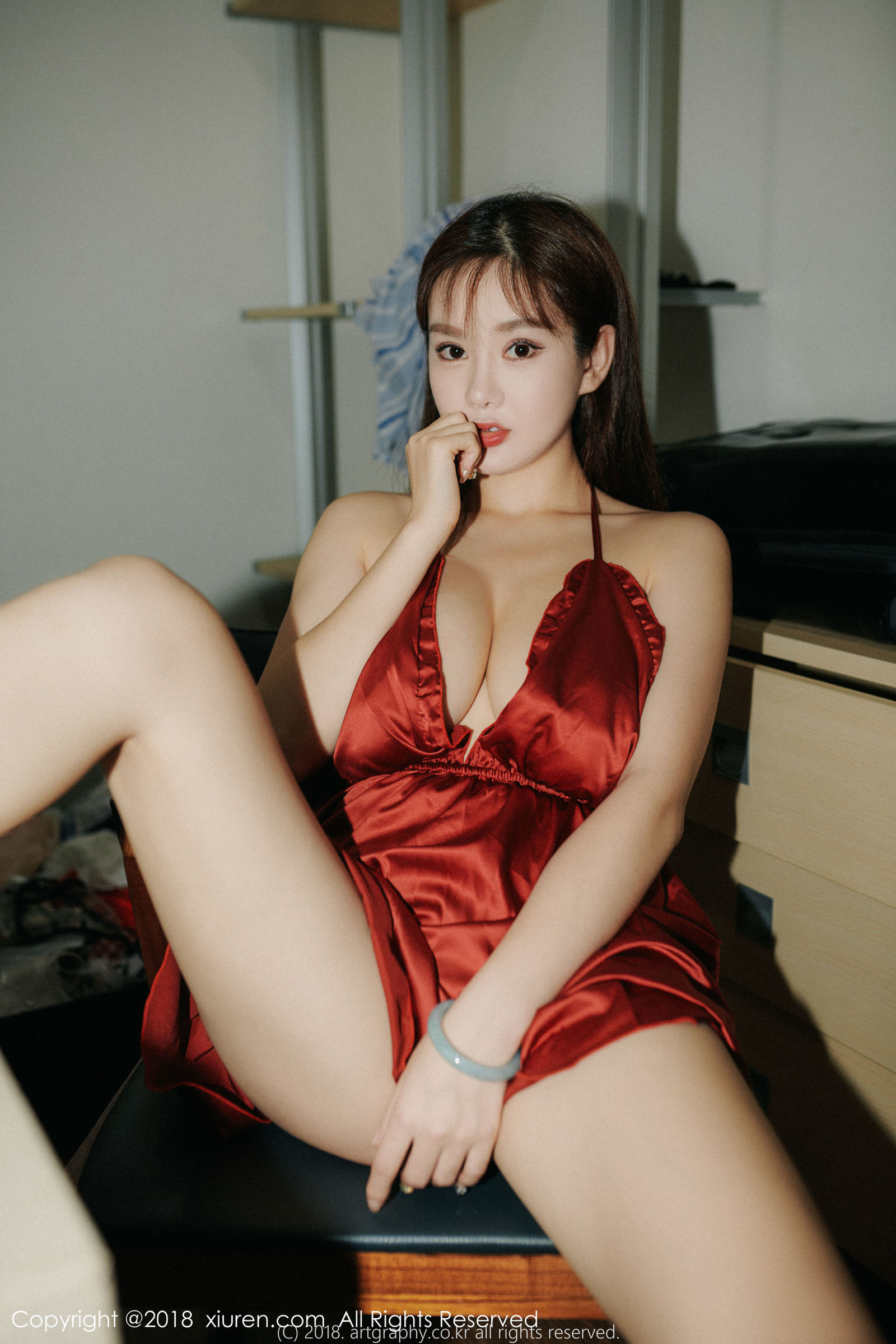 [XIUREN秀人] No.1204 巨乳女神@易阳Silvia第二套性感写真