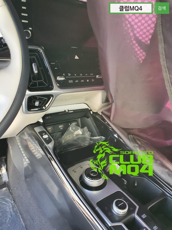 2021 Kia Sorento mkIV 79