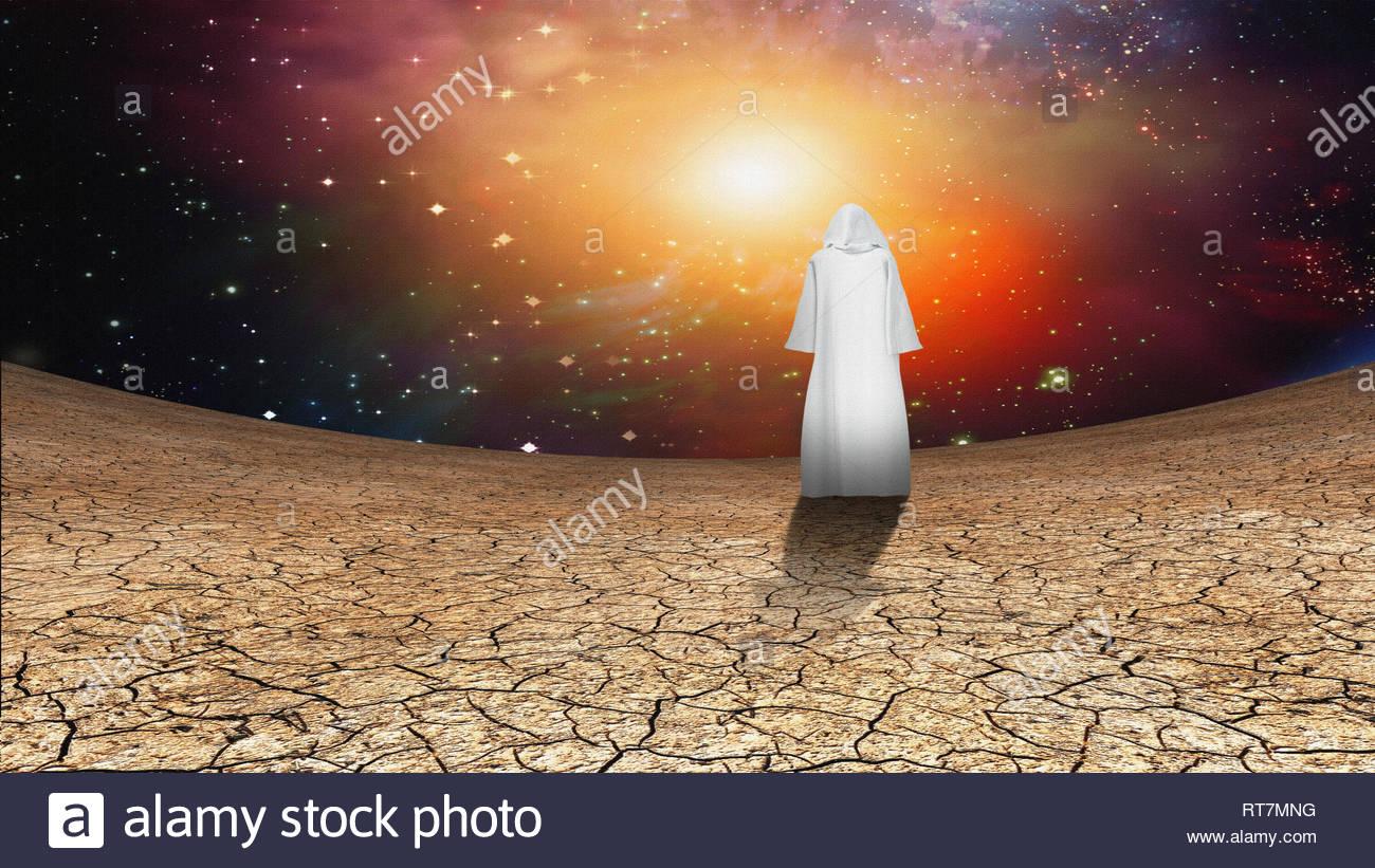 deserto-e-cielo-galattico-con-girovagando-ammantata-figura-rt7mng