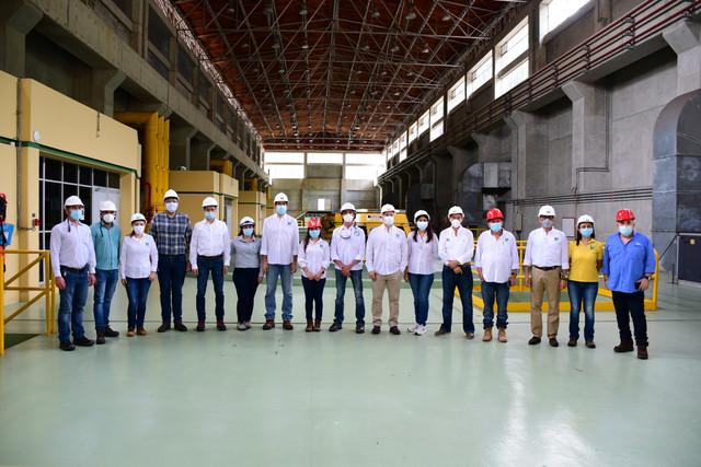 Urrá se suma a la transición energética del país con la firma del acta de inicio para la construcción del proyecto piloto planta solar flotante Aquasol - Noticias de Colombia