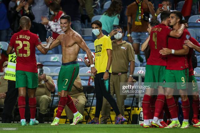 [Image: Portugal-s-forward-Cristiano-Ronaldo-2nd...during.jpg]