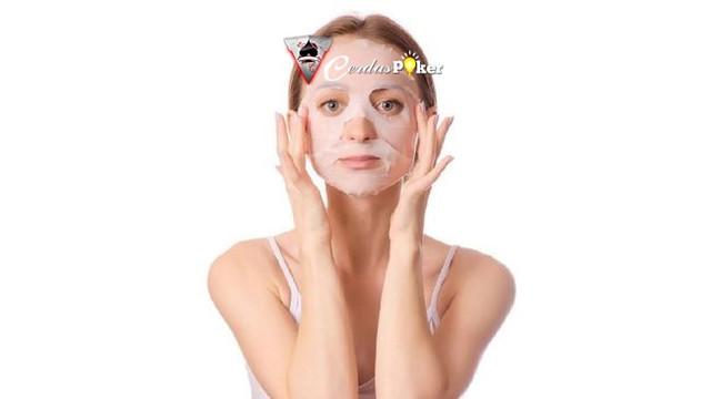 6 Cara Maksimalkan Manfaat Sheet Mask Untuk Pria dan Wanita