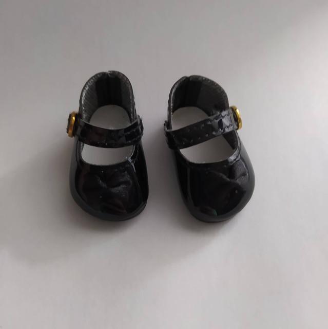 Vêtements et chaussures de différentes tailles.  NOUVEAU  119891712-3448641491879657-1350262753160146237-n