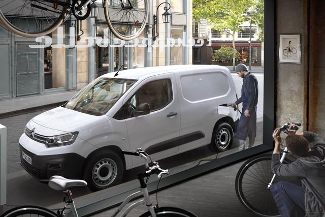 2018 - [Peugeot/Citroën/Opel] Rifter/Berlingo/Combo [K9] - Page 9 2559-B7-A7-41-A3-4802-AF0-E-31-DC43096381