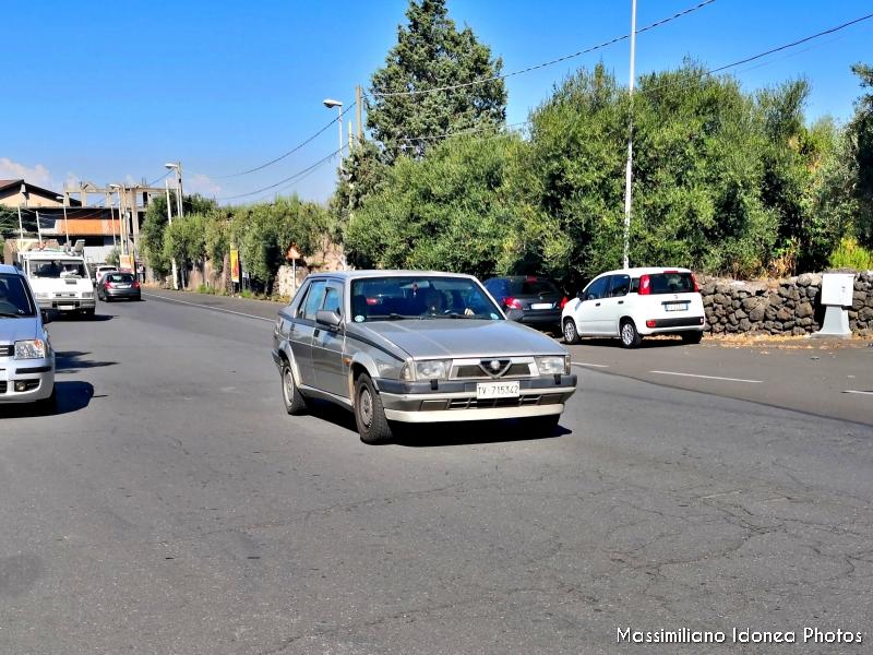 avvistamenti auto storiche - Pagina 9 Alfa-Romeo-75-2-0-148cv-87-TV715342-103-300-7-1-2019