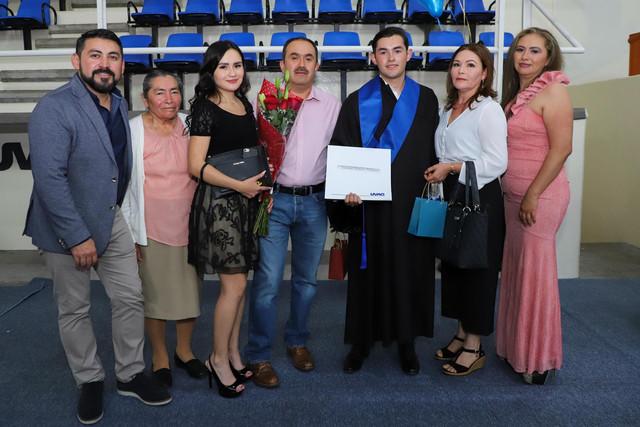 Graduacio-n-Cuatrimestral-104