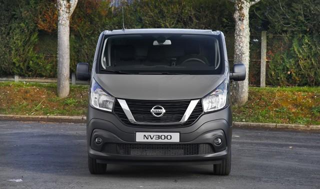 Série limitée Made in France pour les fourgons Nissan NV250, NV300 et NV400  NISSAN-NV-300-07-source