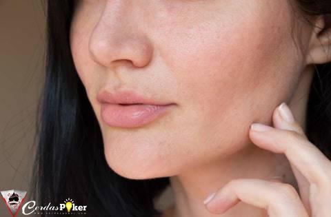 7 Cara Alami Mengecilkan Pori-pori Wajah