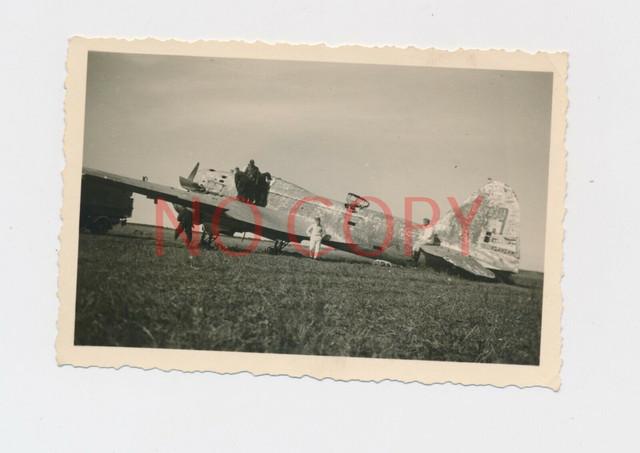 Foto-WK2-Flugzeug-russischer-Bomber