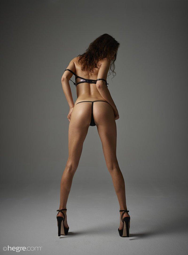brunette-bombshell-sashenka-takes-off-her-black-lingerie-to-expose-her-assets-06-w800
