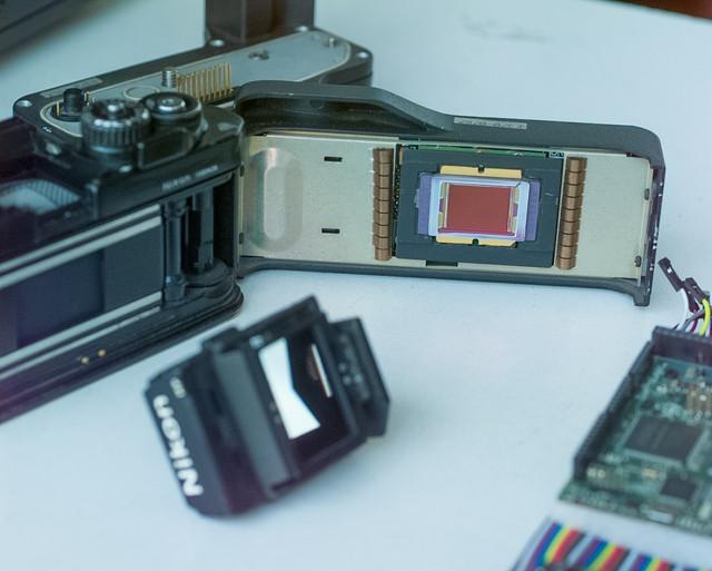 56 ISO 200 Aperture F Shutter 125 Lens mm Exposure M Program HF Exp Comp 1 0 Meter area Mtrx Flash s