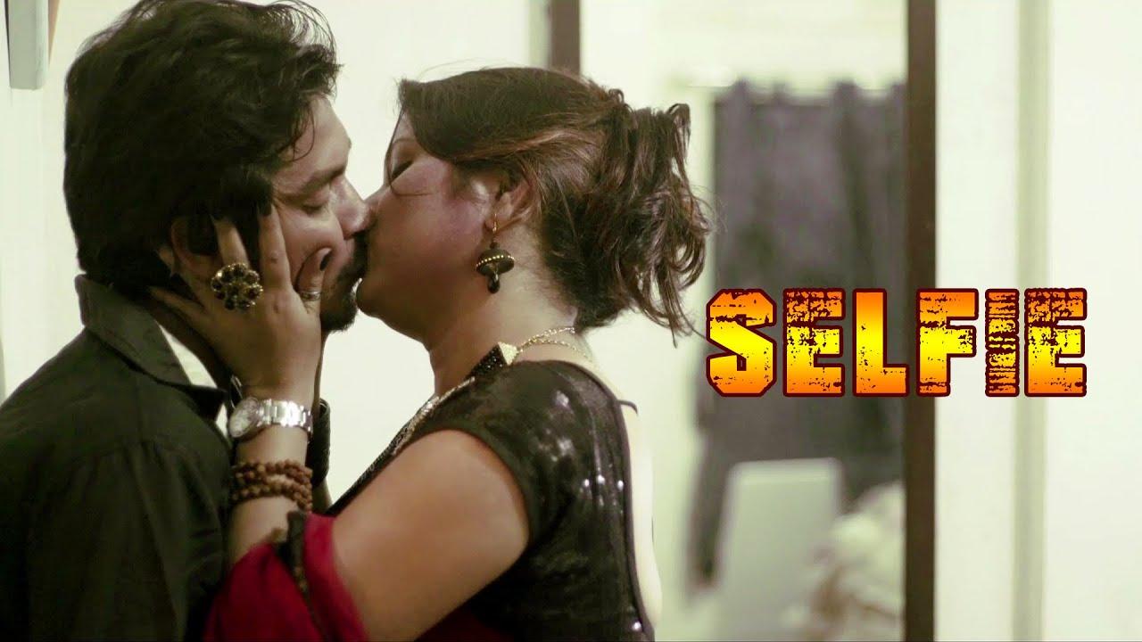 Selfie 2020 Bengali Short Film 720p UNRATED HDRip 120MB Download