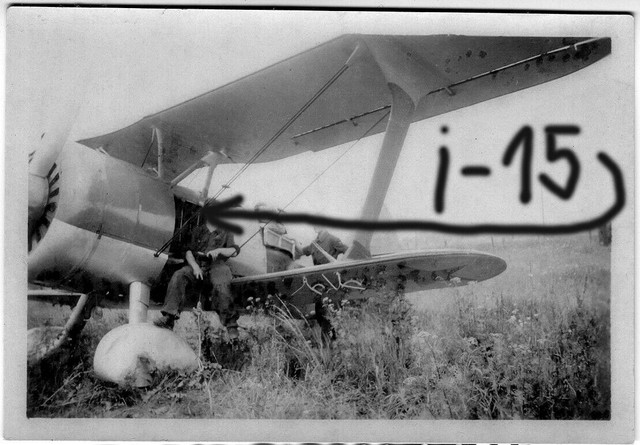 Orig-Foto-beute-Luftwaffe-Flugzeug-I-15-Rata-Russland