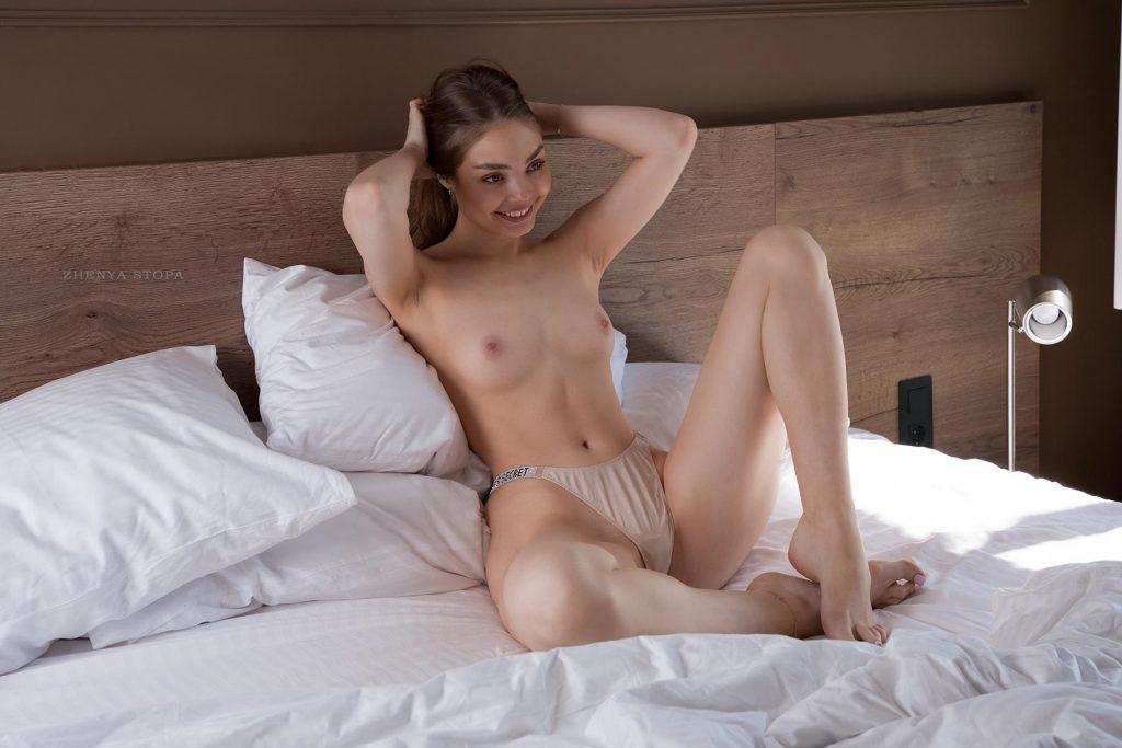Ekaterina-Kliger-Nude-15-Nudo-Star-com-1024x683