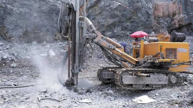 бурение скальных пород