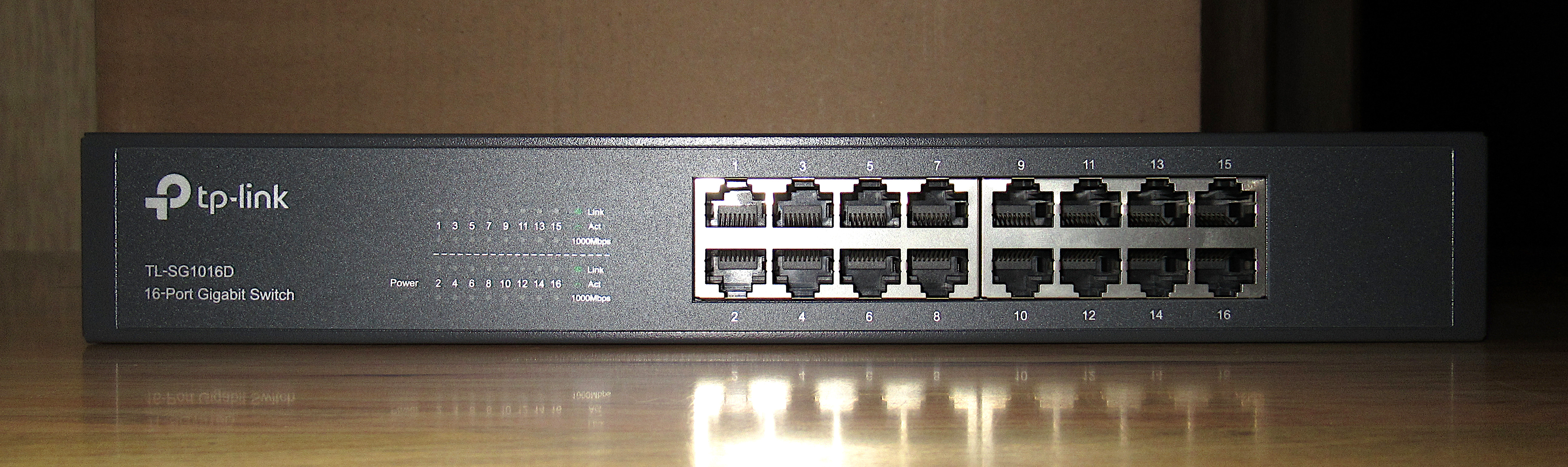 TP-Link TL-SG1016D 16-Port Network Switch