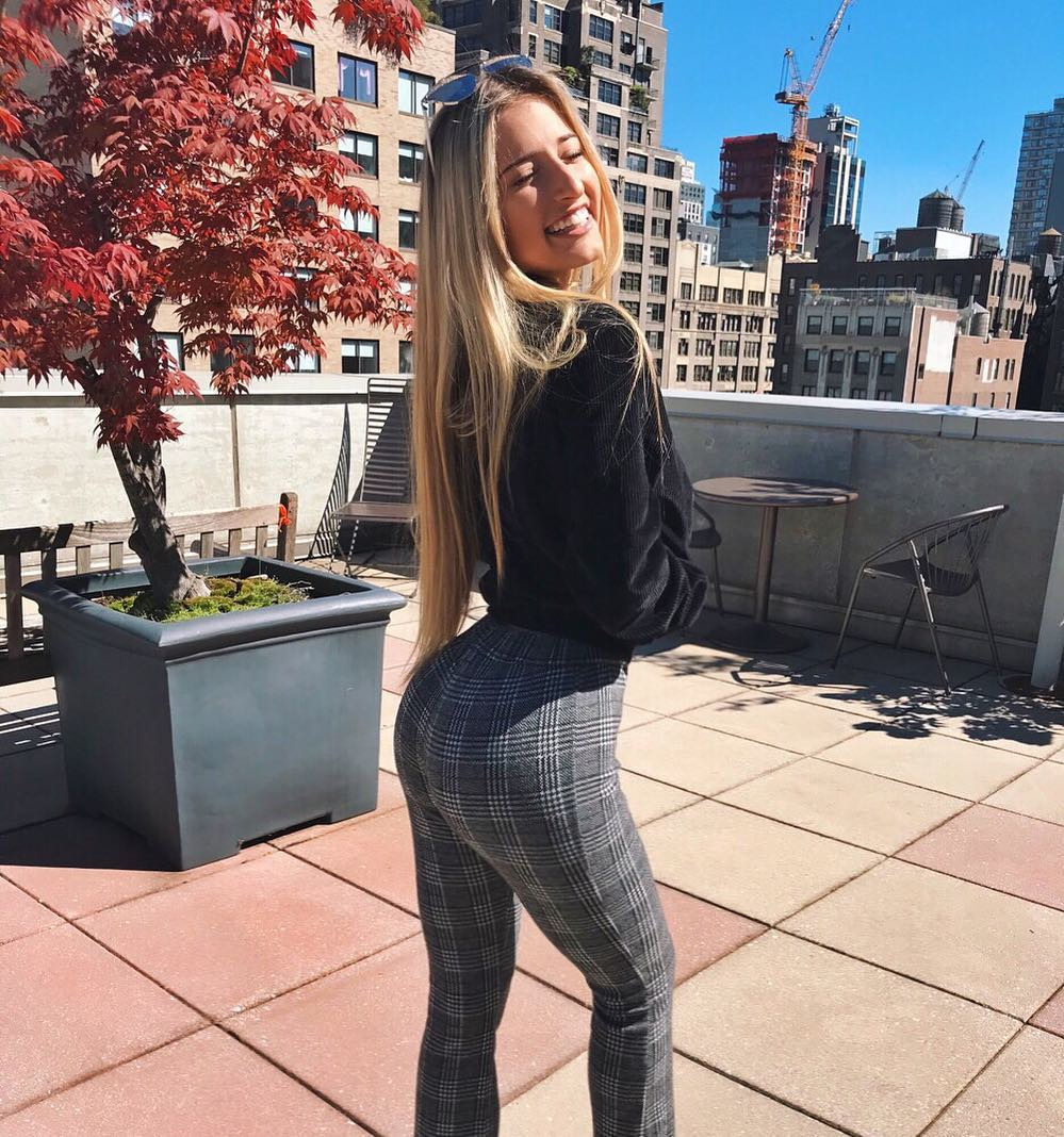 Jilissa-Ann-Zoltko-Wallpapers-Insta-Fit-Bio-9