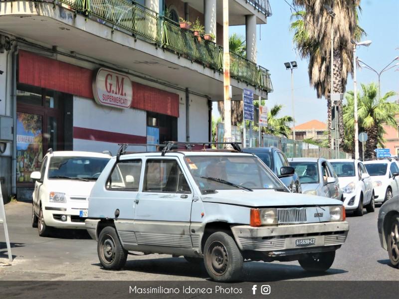 avvistamenti auto storiche - Pagina 30 Fiat-Panda-30-650-30cv-83-CT615698-1
