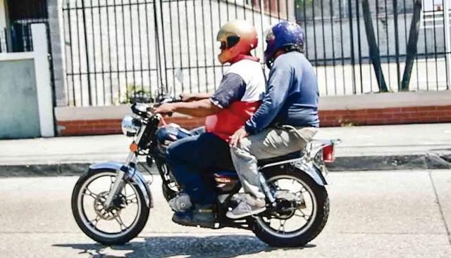 moto-dos-personas