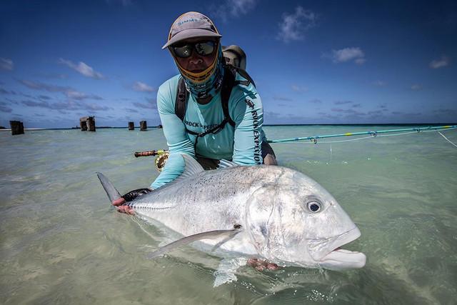 kanton-atoll-gt-giant-trevally-fly-fishing-kiribati-8