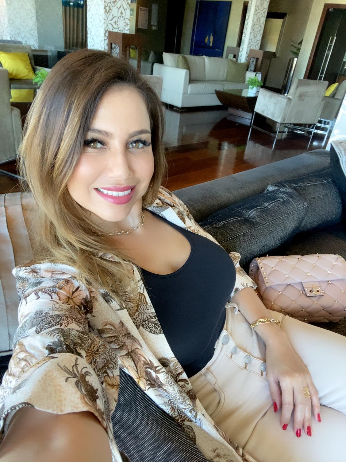 candidatas a miss universe chile 2020. top 8: pag 6. final: 20 nov.  - Página 8 PORTADA-DIVINA-BELLEZZA