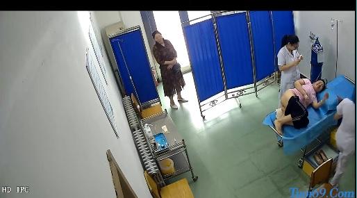 Clip: Quay lén phòng khám trĩ =)))
