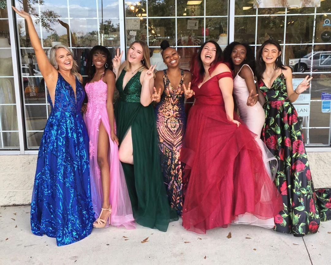 Get the Perfect Prom Dress Before the New Year!