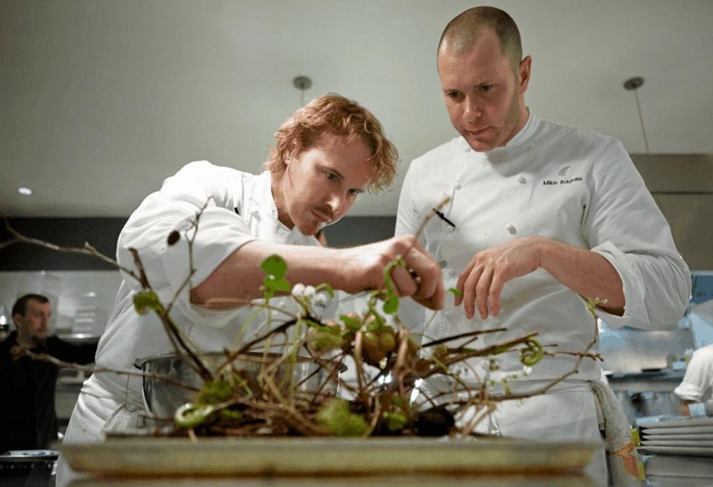 Chef Cooking Restaurants