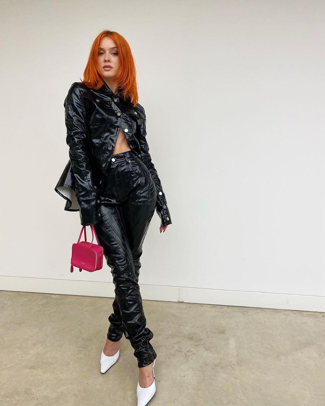 Zara-Larsson-Wallpapers-Insta-Fit-Bio-2