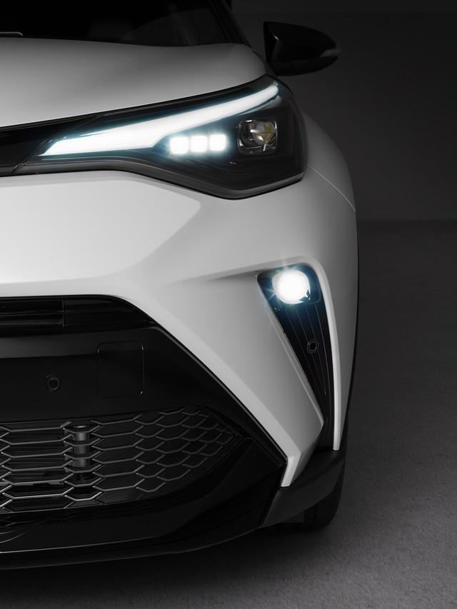 Toyota C-HR « GR SPORT » : encore plus dynamique et plus exclusif  Chrext1-2
