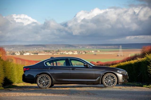 2020 - [BMW] Série 5 restylée [G30] - Page 11 DF62390-D-0-C4-D-42-BF-A1-C9-9-CCA86243-D47