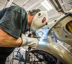 Auto-Body-Repair-Shop-in-Federal-Way