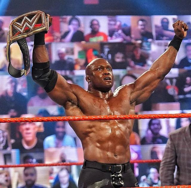 Bobby Lashley Nuevo Campeón de WWE vence a Miz  RAW 1 de Marzo