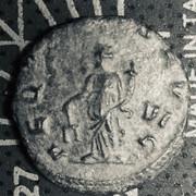 Antoniniano de Galieno. AEQVITAS AVG. Igualdad a izq. Roma 92-F84565-CB26-4-CFB-9-AD8-D9-C67-FA30192