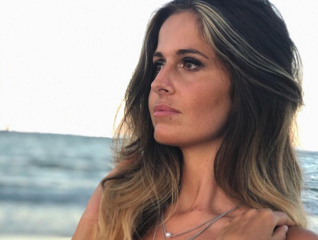 Erika-Ricci-Wallpapers-Insta-Fit-Bio-6